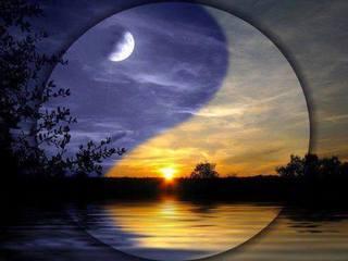 月太陽.jpg